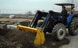 traktör kepçe harfiyat çalışması