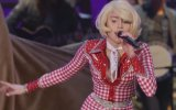 Miley Cyrus - Do My Thang (Canlı Performans)