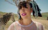 Lily Allen - Air Balloon (Video Klip) view on izlesene.com tube online.
