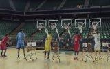 Basket Atarak Jingle Bells Çalmak