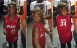 Kafasını 180 Derece Döndürebilen Çocuk