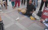 Hindistan Sokak Sihirbazlığı Yumurtalı