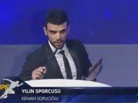 Kenan Sofuoğlu'nun Ödül Alırken Hakan Çalhanoğlu'nu Davet Etmesi